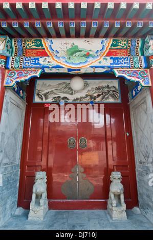Beijing traditional architecture - stone mendun in hutong area - Stock Photo