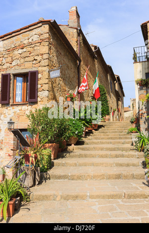 Street in Pienza, in the heart of the Tuscany - Stock Photo
