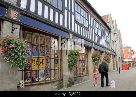 WHSmiths in the Pedestrianised High Street shopping centre Winchester, Hampshire, England, UK. - Stock Photo