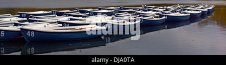 Boats on the Serpentine in Hyde Park - Stock Photo