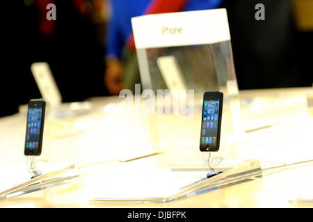 Atmosphere iPhone 5 goes on sale at the Apple Store in Toronto's Eaton Centre Toronto, Canada - 21.09.12 - Stock Photo