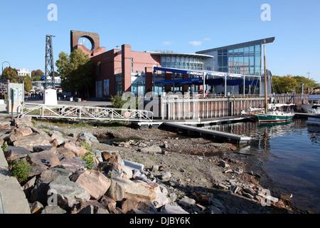 ECHO Lake Aquarium and Science Center, Burlington, VT, USA - Stock Photo