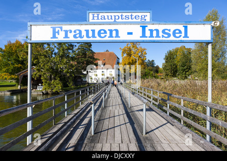 Germany, Bavaria, Upper Bavaria, Chiemgau, Chiemsee, Frauenchiemsee, jetty - Stock Photo