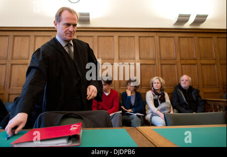 Berlin, Germany. 27th Nov, 2013. Lawyer for the 'Widerstandsbewegung in Suedbrandenburg' (lit: resistance movement - Stock Photo