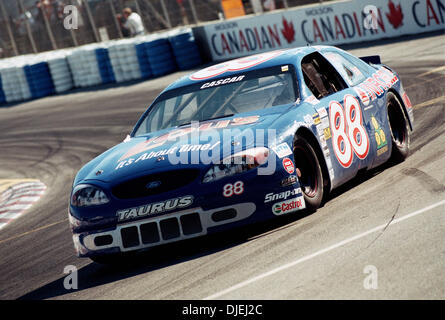 Jul 25, 2004 - Vancouver, British Columbia, Canada - Cascar racing competition, part of 2004 Molson Indy Vancouver - Stock Photo