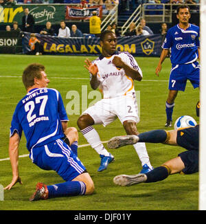 Nov 11, 2007 - Minneapolis, Minnesota, USA - Thunder #27 CAMERON KNOWLES gets his shot blocked by LA Galaxy goalie - Stock Photo