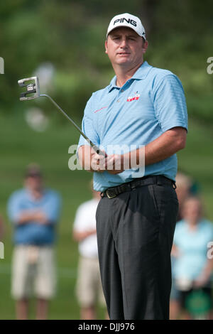Aug. 08, 2010 - Vernon, New York, United States of America - August 8, 2010: Professional golfer BILL LUNDE, watches - Stock Photo