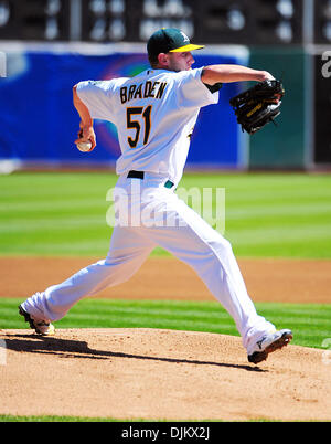 Sept. 12, 2010 - Oakland California, U.S. - Oakland Athletics pitcher Dallas Braden throws a pitch against the Boston - Stock Photo