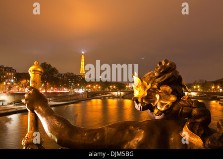 The view from Pont Alexandre III along the river Seine. - Stock Photo