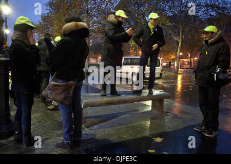 Paris, France. 29th Nov, 2013. Event for the recognition of mental disorders such as major causes Bastille dock - Stock Photo