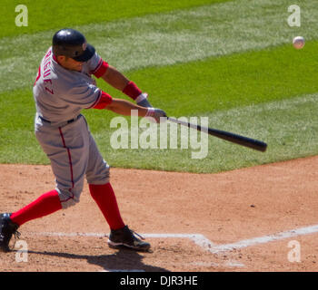 May 16, 2010 - Denver, Colorado, U.S. - MLB Baseball - Washington Nationals catcher IVAN RODRIGUEZ hits during a - Stock Photo