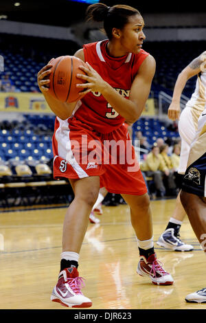 Mar. 01, 2010 - Pittsburgh, PA, U.S - 01 March 2010: St. John's University Da'Shena Stevens sophomore forward (3) - Stock Photo