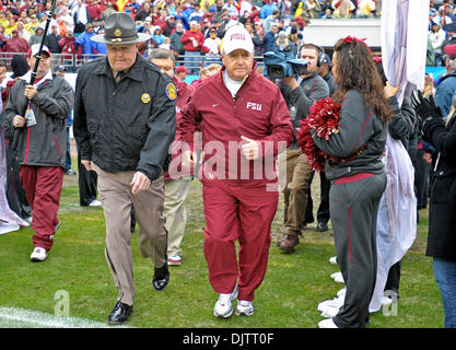 NCAA Gator Bowl - Bobby Bowden takes the field for the last time as head coach of the Florida State Seminoles before - Stock Photo