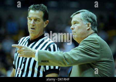 Jan. 27, 2011 - Berkeley, California, United States of America - Cal head coach Mike Montgomery argues a call during the NCAA basketball game between the Oregon State Beavers and the California Golden Bears at Haas Pavilion.  Cal won in a rout, 85-57. (Credit Image: © Matt Cohen/Southcreek Global/ZUMAPRESS.com)