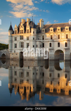 Evening sunlight on Chateau de Chenonceau and River Cher, Indre-et-Loire, Centre France - Stock Photo