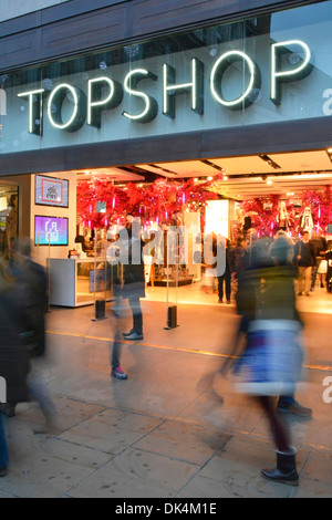 Topshop Oxford street store entrance shoppers outside and inside - Stock Photo