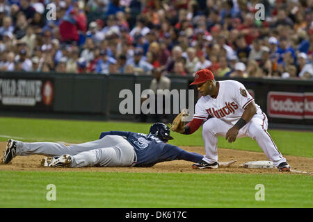 May 19, 2011 - Phoenix, Arizona, U.S - Atlanta Braves first baseman Freddie Freeman (5) slides under the tag of - Stock Photo