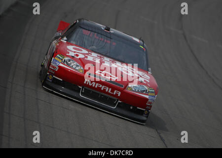 June 19, 2011 - Brooklyn, Michigan, U.S - NASCAR Sprint Cup Series driver Tony Stewart (14) during the Heluva Good! - Stock Photo