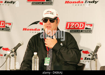 July 10, 2011 - Toronto, Ontario, Canada - IZOD Honday Indy official starter Dan Ackroyd speaks with the media prior - Stock Photo