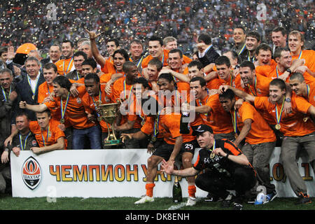 May 21, 2011 - Donetsk, Ukraine - Official celebrations for the winner of 2010/2011 Ukraine Football League. FC - Stock Photo