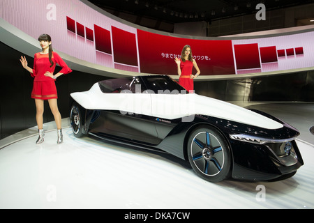 Nissan Bladeglider concept electric car at Tokyo Motor Show 2013 in Japan - Stock Photo