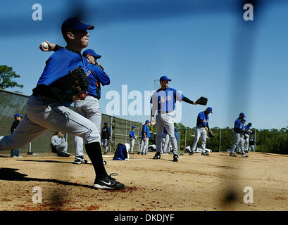 Feb 17, 2007 - Port St. Lucie, FL, USA - New York Mets players practice pitching during Spring Training at Tradition - Stock Photo