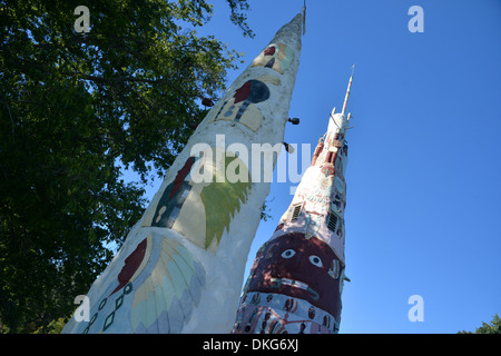 Worlds largest Totem Pole at Ed Galloway's Totem Pole Park Foyil, Oklahoma - Stock Photo