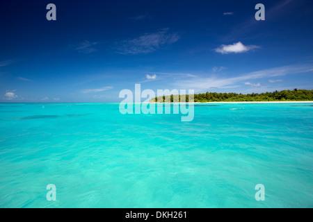 Desert island, Maldives, Indian Ocean, Asia - Stock Photo