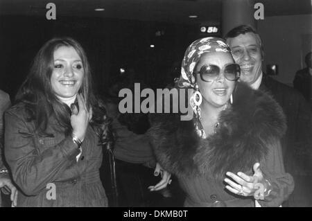 Feb. 15, 1978 - London, England, U.K. - Two time Academy Award winning screen legend ELIZABETH TAYLOR, known for - Stock Photo