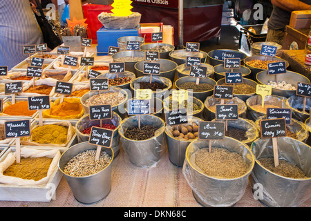 Stall selling spices in Ceret market, Languedoc-Roussillon, Pyrénées-Orientales, France - Stock Photo