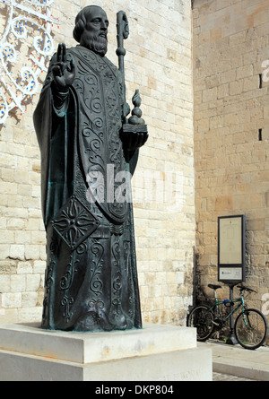Statue of St. Nicholas near Basilica of Saint Nicholas (Basilica di San Nicola), Bari, Apulia, Italy - Stock Photo