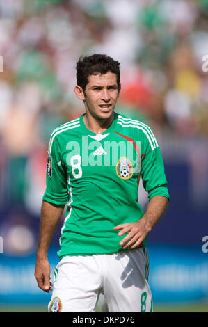July 26, 2009 - East Rutherford, New  Jersey, USA -  26 July 2009: Mexico Israel Castro (8) during the 2009 CONCACAF GOLD CUP Finals Mexico  vs USA at Giant  Stadium in East Rutherford,New Jersey  (Credit Image: © Southcreek Global/ZUMApress.com) Stock Photo