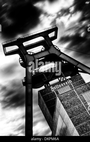 Headframe of shaft 12 of the Zeche Zollverein, Essen, the Ruhr, Germany, Europe - Stock Photo