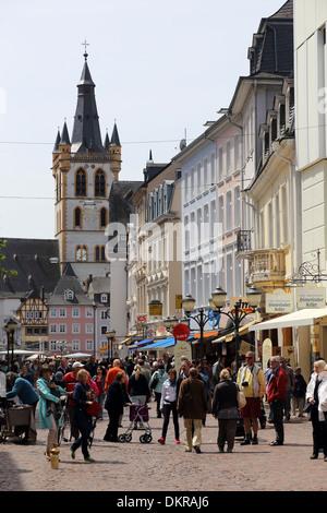 Trier Hauptmarkt St Gangolf main market - Stock Photo
