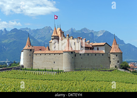 Europe Switzerland CH Vaud Aigle Chemin de la Poya du Chateau castle Aigle castle place wine vineyards architecture - Stock Photo
