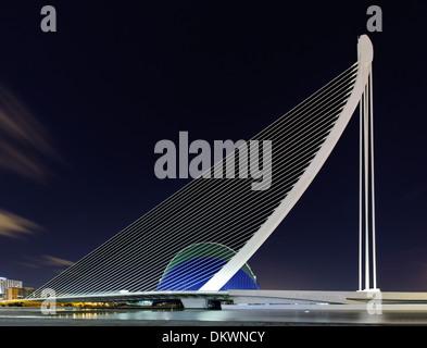Puente del Grao and Agora building, Ciudad de las Artes y las Ciencias, Valencia, Spain - Stock Photo