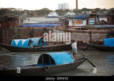 Boats on the Hooghly River at Calcutta (Kolkata), India. - Stock Photo