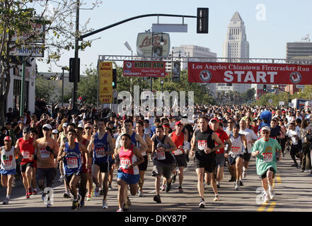 Feb 28, 2010 - Los Angeles, California, USA - Thousands of participants begin the race during the 32nd annual Firecracker - Stock Photo