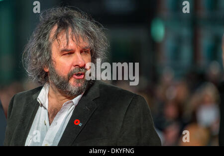 d9324075f91b Berlin, Germany. 09th Dec, 2013. New Zealand director Peter Jackson arrives  for