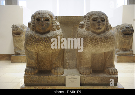 Hittites. Column base with double sphinx from the entrance of Palace of Zincirli. 8th century BC. Sma'al(Turkey). - Stock Photo