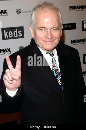 May 6, 2001 - K40877AR.THE NEW YORK PREMIERE OF '' THE AVIATOR '' HOSTED BY KODAK AND KEDS AT THE ZIEGFELD IN NEW - Stock Photo