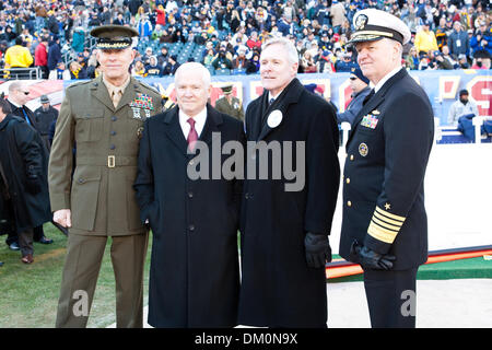 Dec. 12, 2009 - Philadelphia, Pennsylvania, U.S - 12 December 2009: Commandant of the Marine Corps Gen. James T. - Stock Photo
