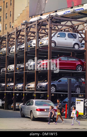 Multi Level Vertical Parking Lot In Tokyo Japan Stock Photo 68884288 Alamy