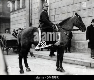Nov. 9, 1923 - Berlin, Germany - Nazi man on horseback in front of the Reichstag building. (Credit Image: © KEYSTONE - Stock Photo