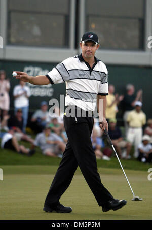 Mar 13, 2005; Palm Beach Gardens, FL, USA; PADRAIG HARRINGTON reacts after making his putt on 18 (during the second - Stock Photo