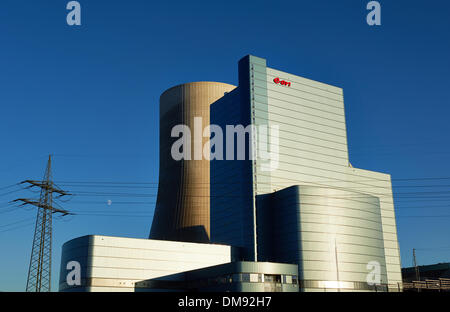 Datteln, Germany. 12th Dec, 2013. The Eon hard coal power plant at the Dortmuns Ems Canal is pictured in Datteln, - Stock Photo