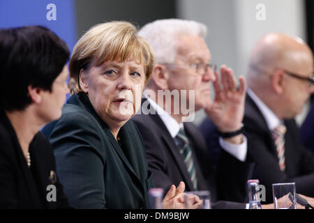 Berlin, Germany. 12th Dec, 2013. Berlin, Germany. December 12th, 2013. Joint press conference at the Chancellery - Stock Photo
