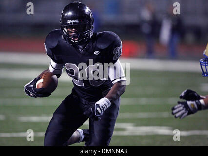 Oct 23, 2009 - Schertz, Texas, U.S. - Steele running back MALCOLM BROWN gets to the end zone untouched in the fourth - Stock Photo