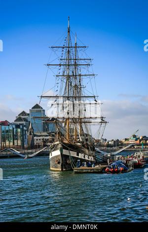 The Jeanie Johnston Famine Ship moared on the River Liffy in Dublin - Stock Photo