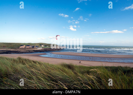 ruden bay  aberdeen sand dunes power kiting - Stock Photo